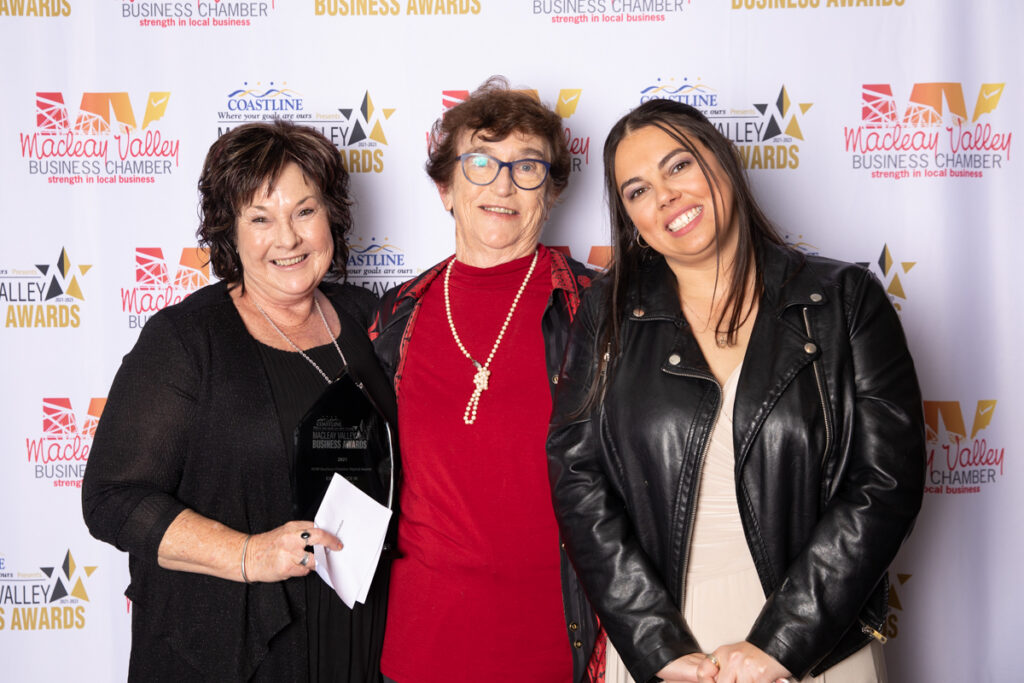 EXCELLENCE IN INNOVATION: Key Employment.  Award Presented by: Betty Green, Macleay Options Inc