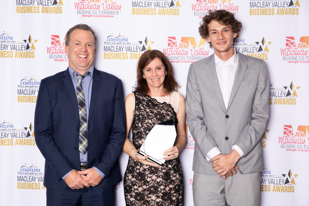 EXCELLENCE IN MICRO BUSINESS: Bucket BreweryAward presented by Stephen Mitchell, Kempsey Shire Council
