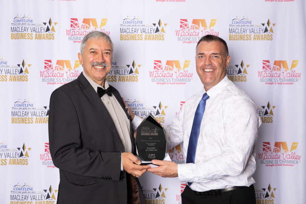 EXCELLENCE IN BUSINESS: Macleay Options Award presented by Gary Scott, Macleay Valley Business Chamber